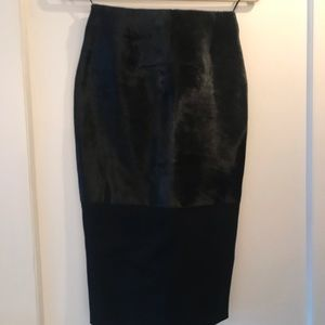 Victoria Beckham black and burgundy skirt size4
